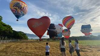 台東熱氣球首航 池上牧野悄悄起飛挨批