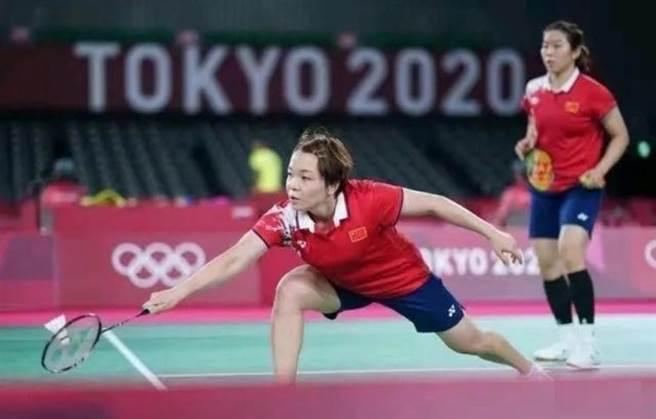 大陸羽球選手陳清晨/賈一凡是本屆奧運會2號種子選手,實力堅強,獲得晉級也在意料之中。(圖/網路)