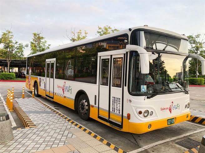 「台灣好行-關子嶺線」公車,7月31日起復駛。(西拉雅國家風景區管理處提供)