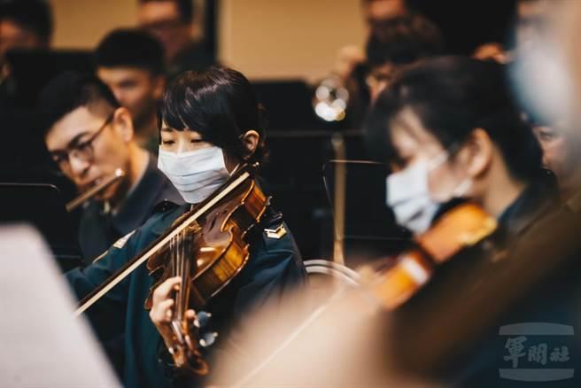 國防部示範樂隊包辦本屆東京奧運的國旗歌編曲及演奏。(軍聞社提供)