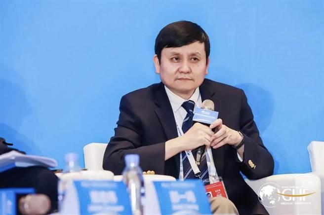 新冠疫情上海醫療救治專家組組長張文宏。取自北京日報
