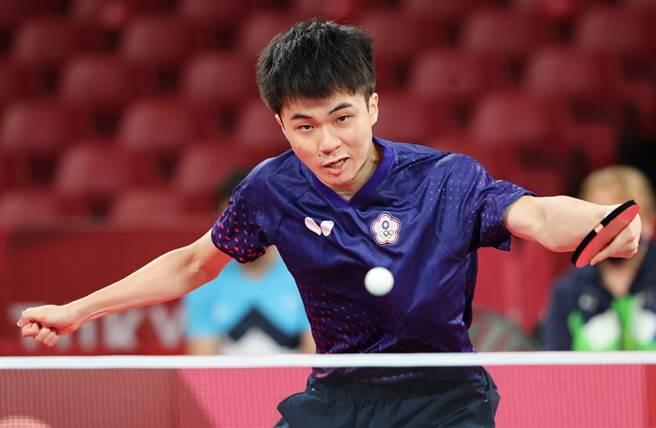林昀儒今以3比4輸給樊振東。(圖/季志翔攝)