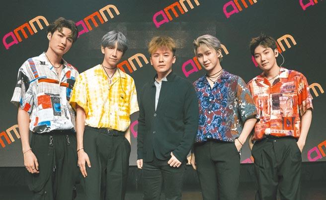 金志遙(中)邀C.T.O擔任台灣區線上活動嘉賓。(AMM亞洲心動娛樂提供)