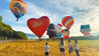 台東熱氣球首航 不開放卻有小孩亂入