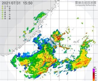 入夜雨彈持續炸 台南市府籲嚴防密集強降雨
