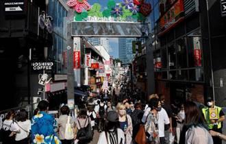 日本單日新增確診首次超過1.2萬人 重症化得到控制