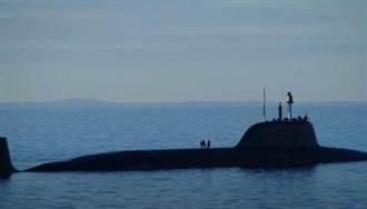 俄羅斯亞森級核潛艇4號艦 克拉斯諾亞爾斯號下水