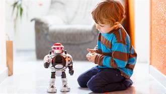 4歲男童被阿嬤哄睡後消失 隔日卻發現「死在玩具箱中」