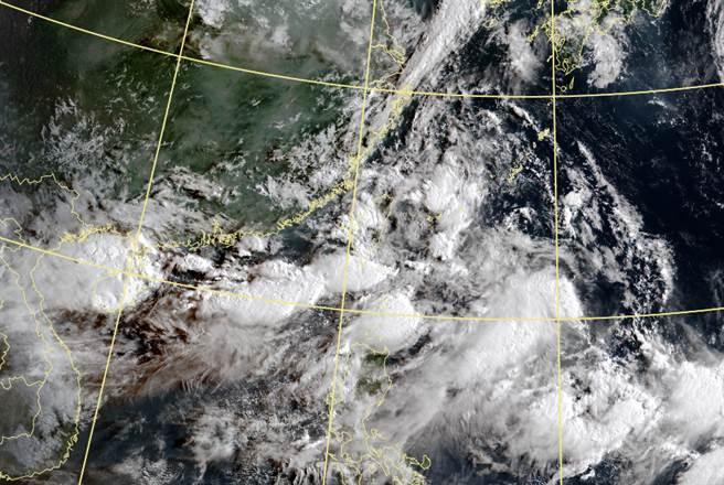 西南氣流累積雨量,已超過烟花颱風。(中央氣象局提供)