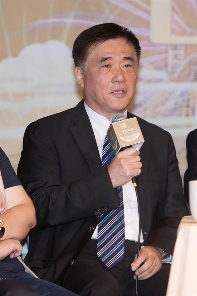 國民黨前副主席郝龍斌(如圖)與前衛生署長楊志良將遞狀向高等行政法院聲請停止執行高端疫苗緊急授權(EUA)。(本報資料照)