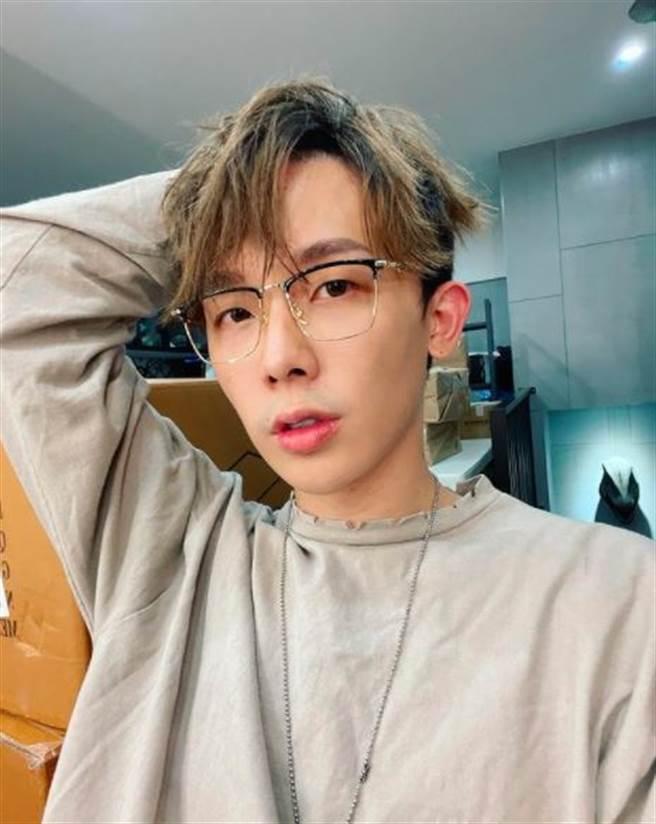 酷炫爆粗發文罵陳雨菲,事後刪文道歉。(圖/翻攝自IG)