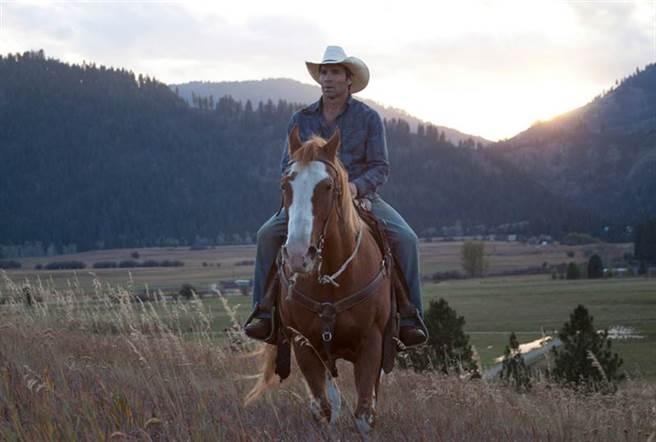 傑皮克特騎馬準備拍片突倒下猝逝,享壽60歲。(圖/翻攝自Treasure Valley - The Movie臉書)