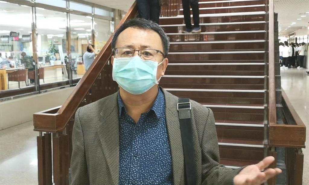 前民進黨立委賴坤成抹黑韓國瑜「酒店背心經」遭起訴。本報資料照片