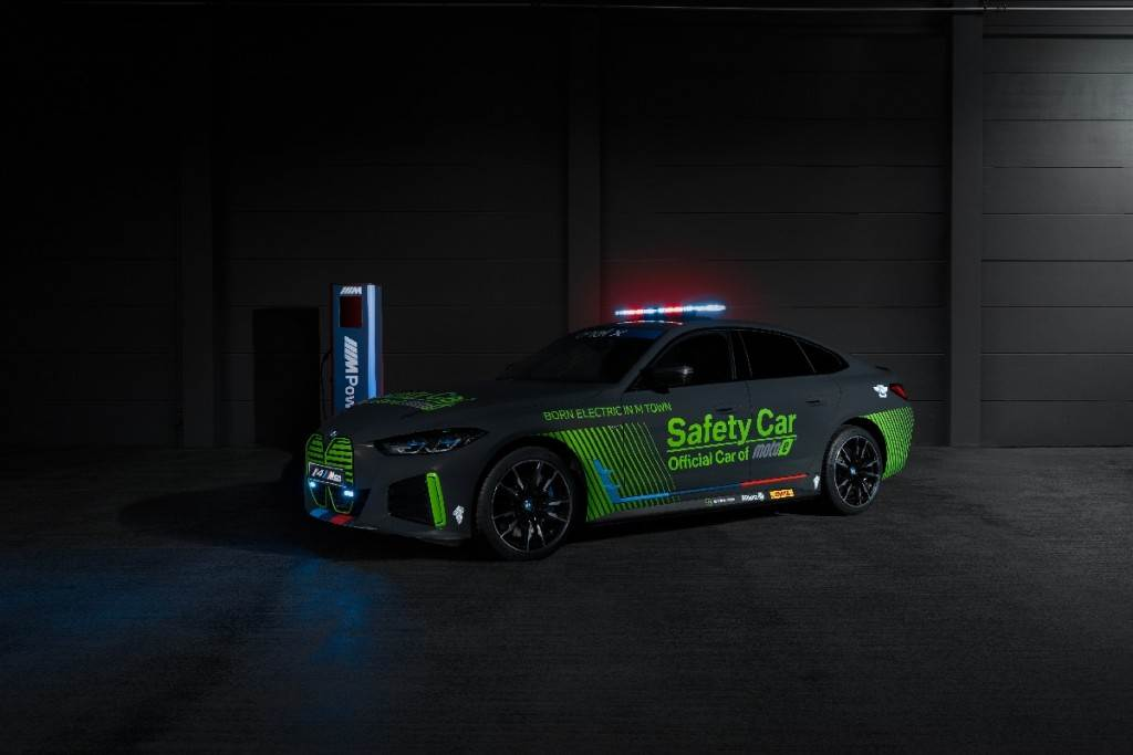 BMW M推出第一款純電動Safety car:i4 M50(圖/CarStuff)