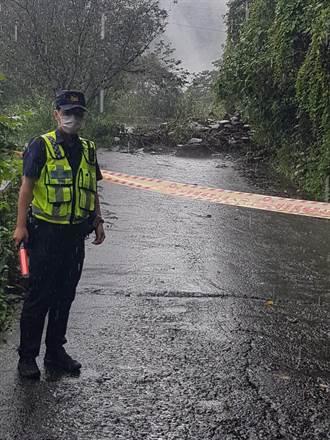 瑪家鄉專五道路坍方 警方圈圍管制