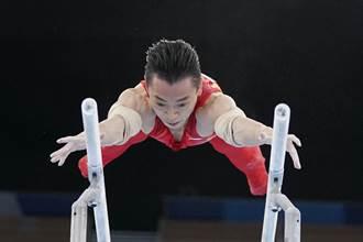 東奧》中國隊第31金「槓」上開花 鄒敬園體操男子雙槓金牌