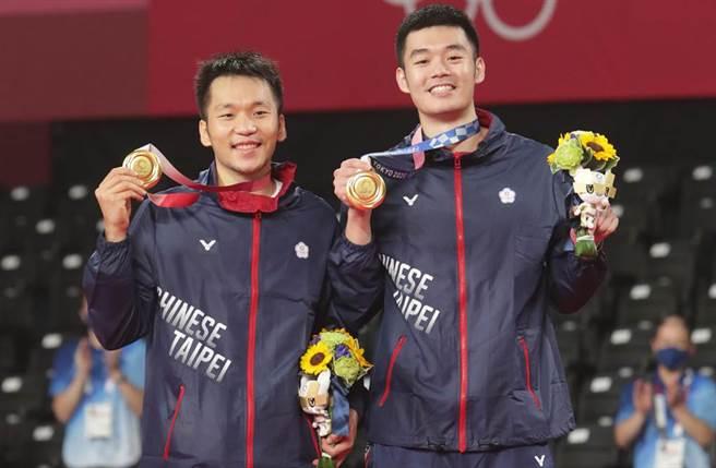 台灣羽球國手王齊麟和李洋,被網友稱為「麟洋CP」。(圖/季志翔攝)