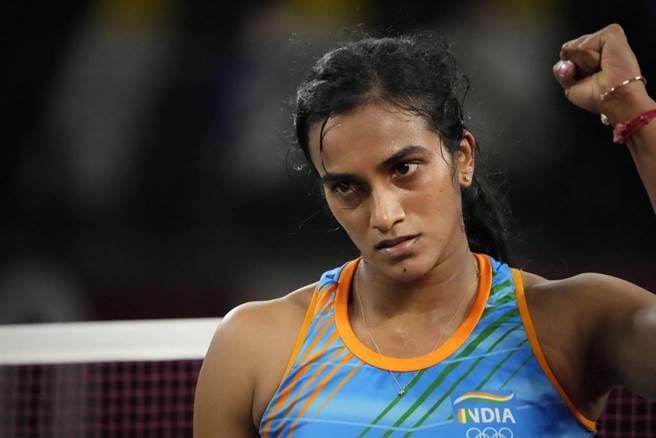 印度羽球女將辛度被視為國家英雄,但也逃不過傳統眼光的檢視。(美聯社資料照)