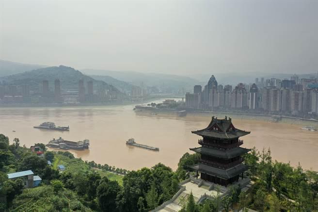 重慶涪陵長江口岸。(新華社資料照片)