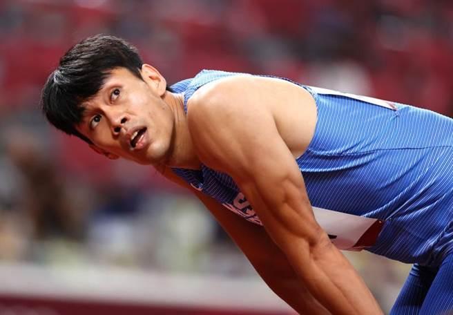 「台灣欄神」陳奎儒在東京奧運男子110公尺跨欄闖進準決賽。(路透)