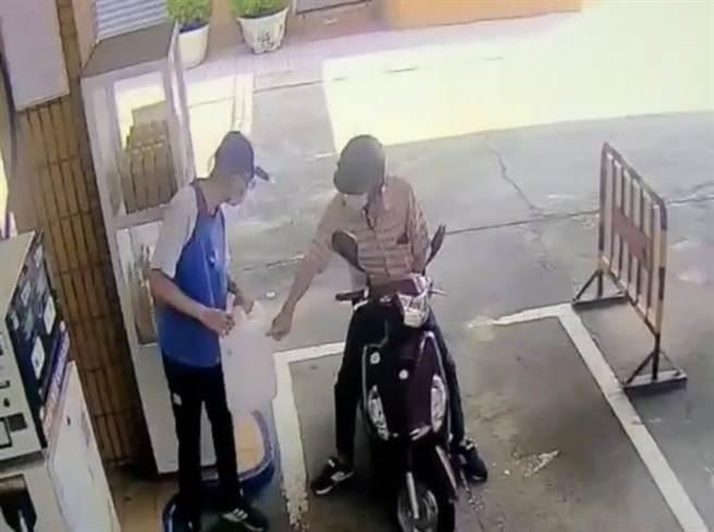 台南市一名70歲林姓男子疑因家產糾紛,3日買汽油到兒子住處縱火。(讀者提供/曹婷婷台南傳真)