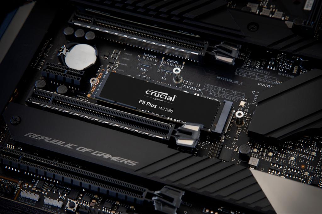 美光全新 Crucial P5 Plus PCIe Gen4 SSD 打造高速儲存體驗。(美光提供/黃慧雯台北傳真)