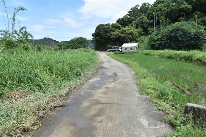 苗栗縣西湖鄉四湖農地重畫,並將舊有農路廢棄重建新的農水路。(謝明俊攝)