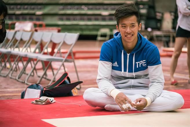 《翻滾吧!男人》記錄李智凱爭取奧運資格之心路歷程。(Giloo紀實影音提供)