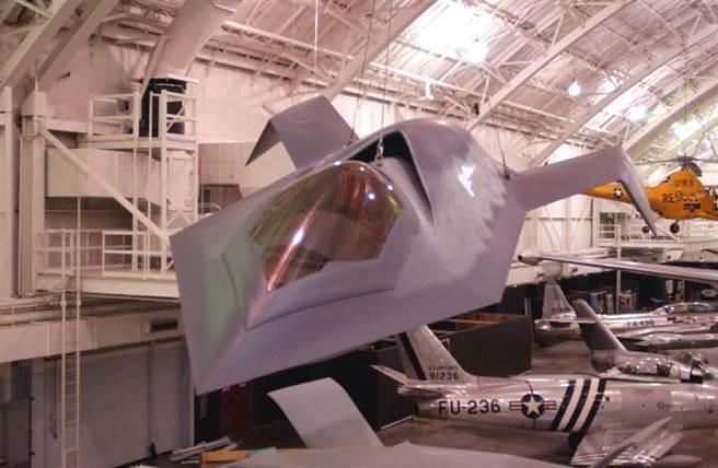 在美國空軍博物館展示的波音「獵食鳥」。(圖/美國空軍)