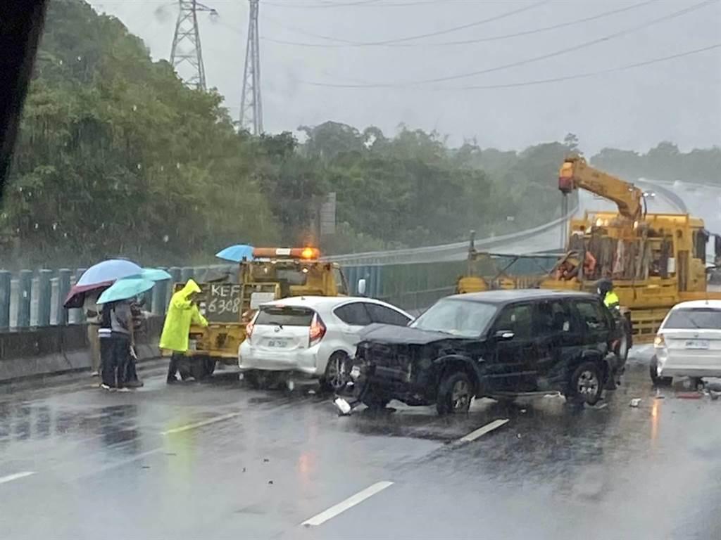 台南市消防局獲報到場,所幸無人受傷或受困。(讀者提供/張毓翎台南傳真)