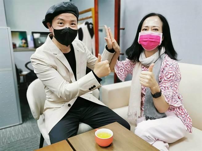 湯蘭花與陳凱倫一起成為明星導師。(優藍教育機構提供)