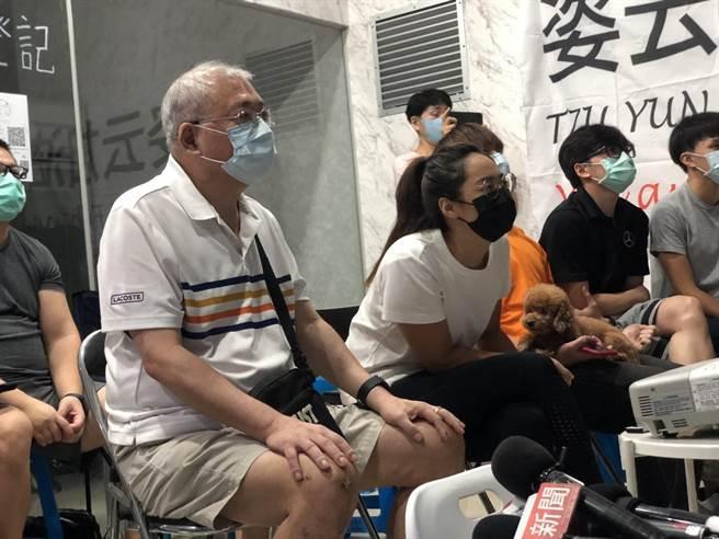 「小清新」文姿云今(5日)在東京奧運女子空手道55公斤級賽事小組賽2勝1敗,家人全程觀看轉播。(葉書宏攝)