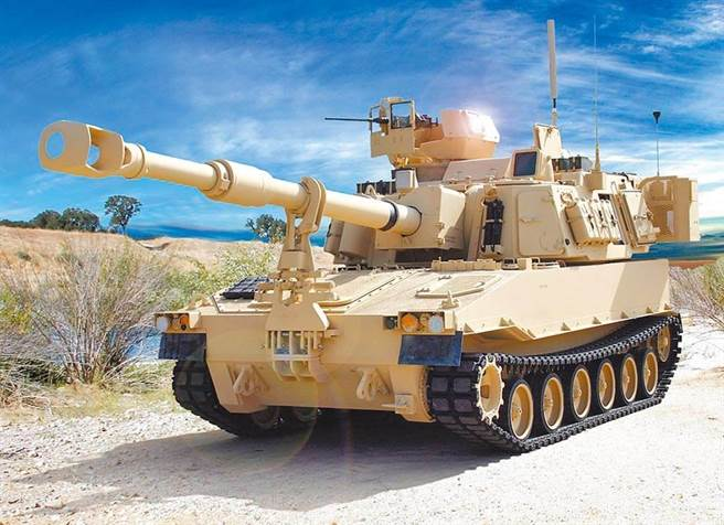 拜登政府首次軍售 宣布售台40門M109A6自走砲。(摘自美國陸軍官網)