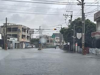 雲林台西鄉雨太大 縣府宣布中午12點起停班停課