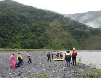 南投女捕魚遭洪水沖走500米 丈夫也落水2人救起皆身亡