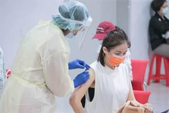 直擊/帶鍾欣怡打AZ 孫樂欣盼老婆當「疫苗認證老人」