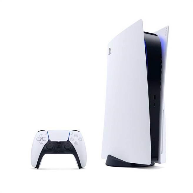 蝦皮購物的PS5主機及精選遊戲組,8日當天凌晨2點限量推出5折價,1萬5000元。(蝦皮購物提供)