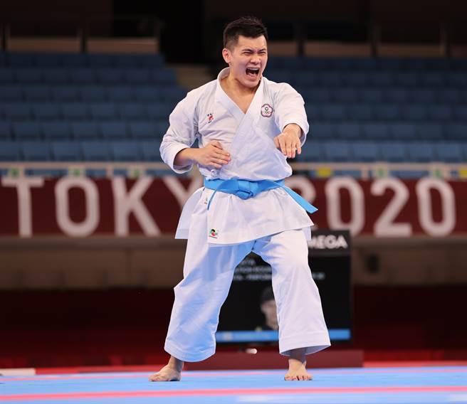 王翌達在東京奧運空手道型項目止於淘汰賽。(體育署提供)