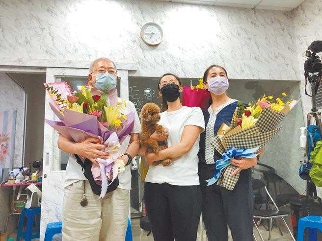 「小清新」文姿云肩負台灣空手道奪牌希望,5日在東奧摘下銅牌,父母親及胞姊認為她是家人的驕傲。(葉書宏攝)