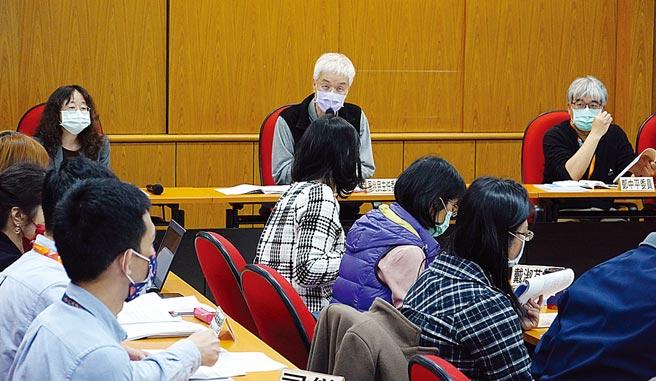 大考中心增列新罰則,111年學測如攜帶動物或昆蟲入場,該科考試扣3級分。(本報資料照片)