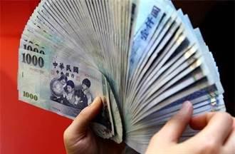 借1萬只給6800元年息515% 高利貸男遭判4月徒刑
