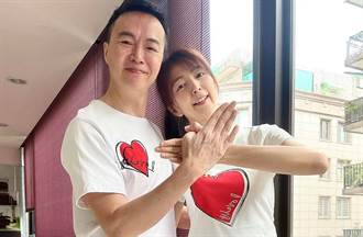 吳鈴山夫妻打完高端 吐真心話建議「先打國際疫苗」