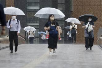 颱風盧碧登陸日本九州 25萬多人被要求避難