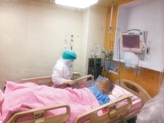 CDC配送HFNC 基隆醫院防疫添利器