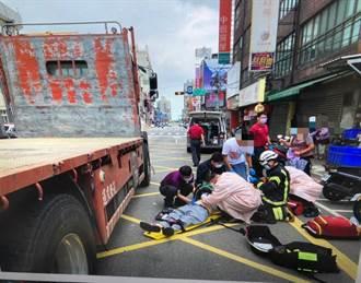 視線死角惹禍?桃園老夫婦遭貨車撞上卡車底1死1傷