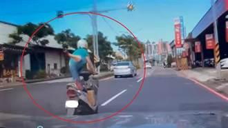 馬路「天外飛仙」太危險!騎士踩風火輪飄移 網驚:移動神主牌