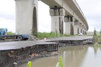 雨彈狂襲彰化高鐵高架橋墩下路面斷裂 畫面驚悚民眾心驚驚