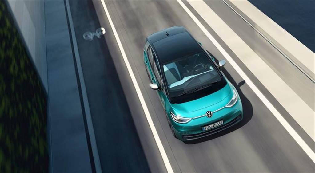 VW老總駕ID.3出遊不順 怒批歐洲快充站少又故障(圖/DDCar)