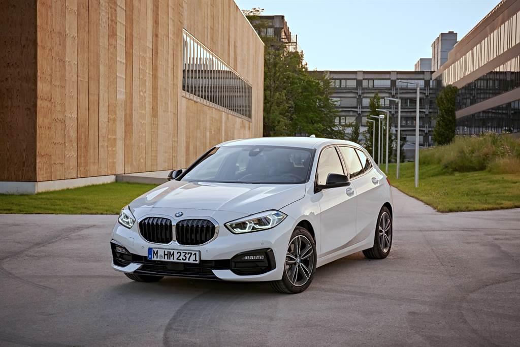 兼具帥氣外型與靈活駕馭感受的全新BMW 1系列,展現自成一格的酷帥魅力(圖/品牌提供)