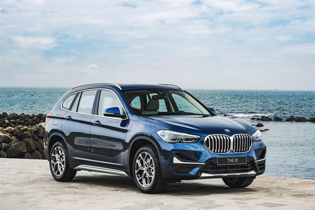2022年式BMW X1 Deluxe Edition豪華版本月交車除贈一年乙式全險,還可享150萬60期0利率、首期免付等多項優惠。(圖/品牌提供)